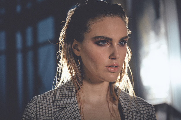 Hair + Makeup + Wrdrobe Styling + Location + Art Direction: Jessica Pineda / Photographer: Alex Ashman / Model: Kayla Butler /