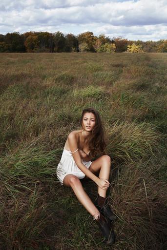 Hair + Makeup: Jessica Pineda / Photographer: Jon Stars / Model: Kateryna Noveshkoy /