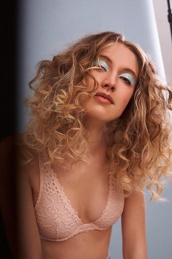 Hair + Makeup: Jessica Pineda / Photographer: Stephanie Price