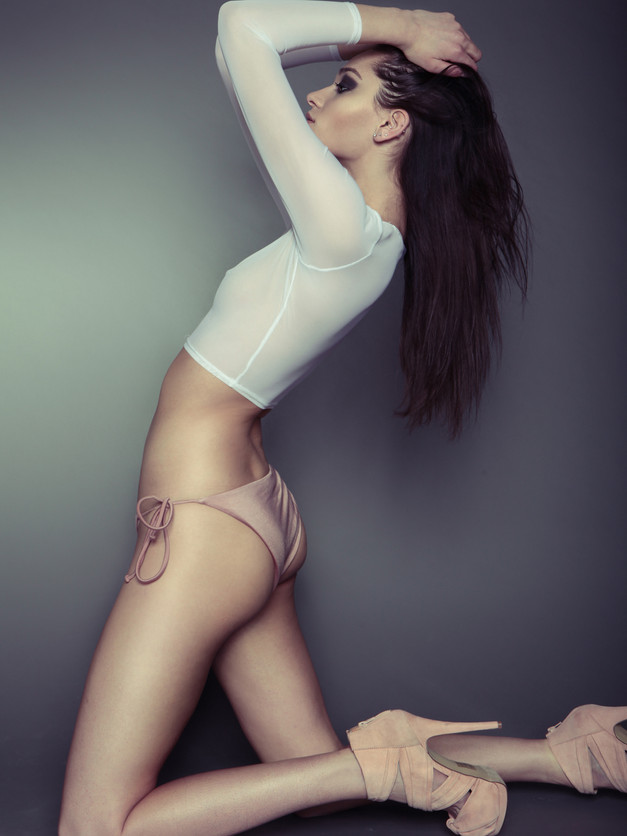 Hair + Makeup: Jessica Pineda / Photographer: Ales Bambini / Model: Haylie