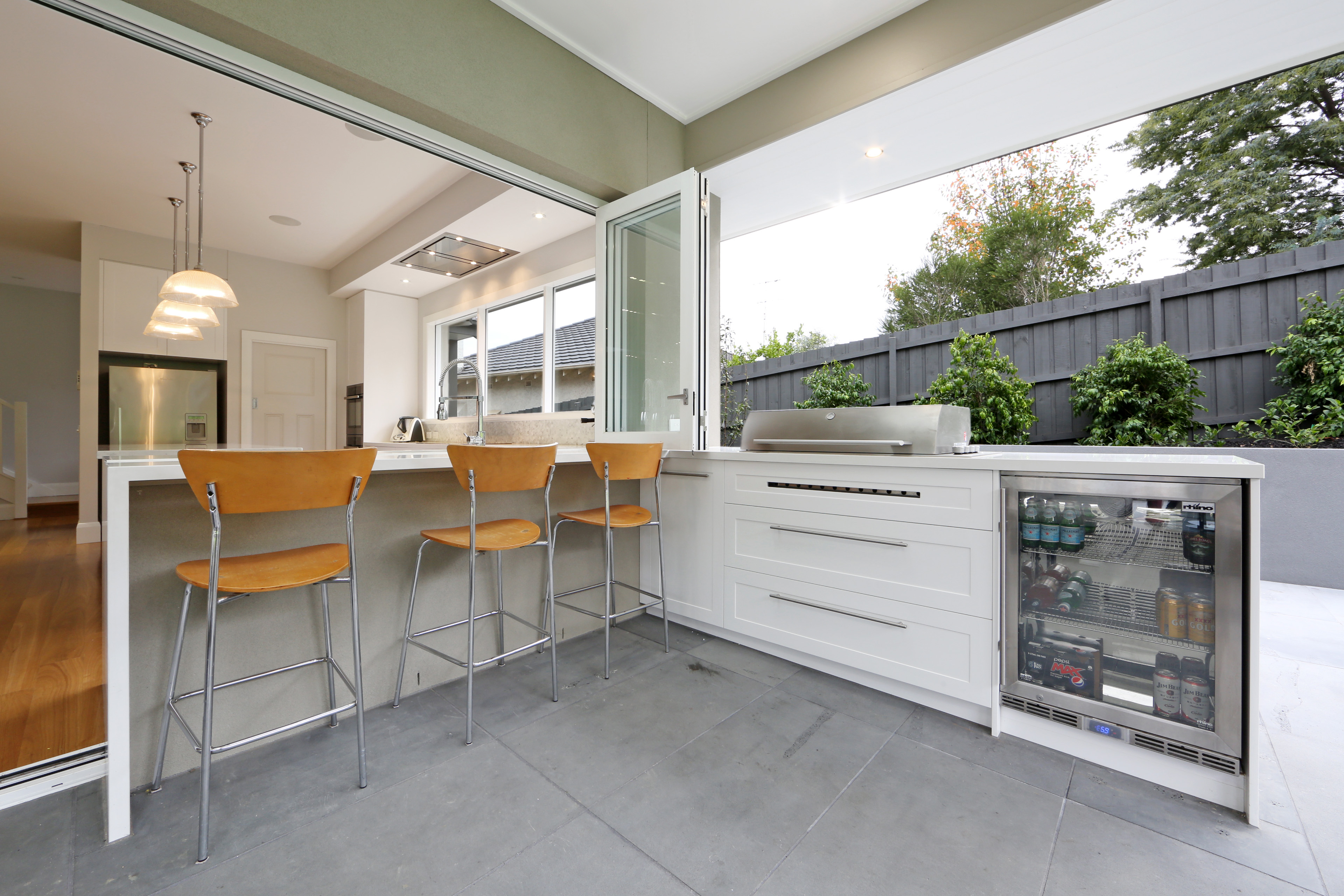 Image Result For Outdoor Kitchen Modern
