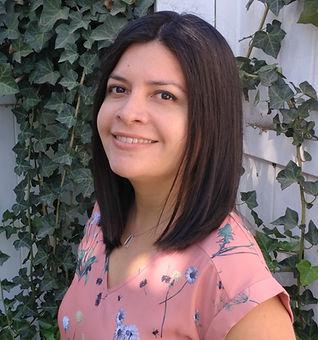 Giulie_Cropped_Profile_V2.jpg