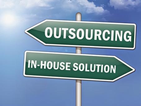 ¿Servicios Compartidos de Marketing vs Departamento de Marketing vía outsourcing?