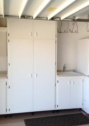 garage-laundry-room-renovation_100.jpg