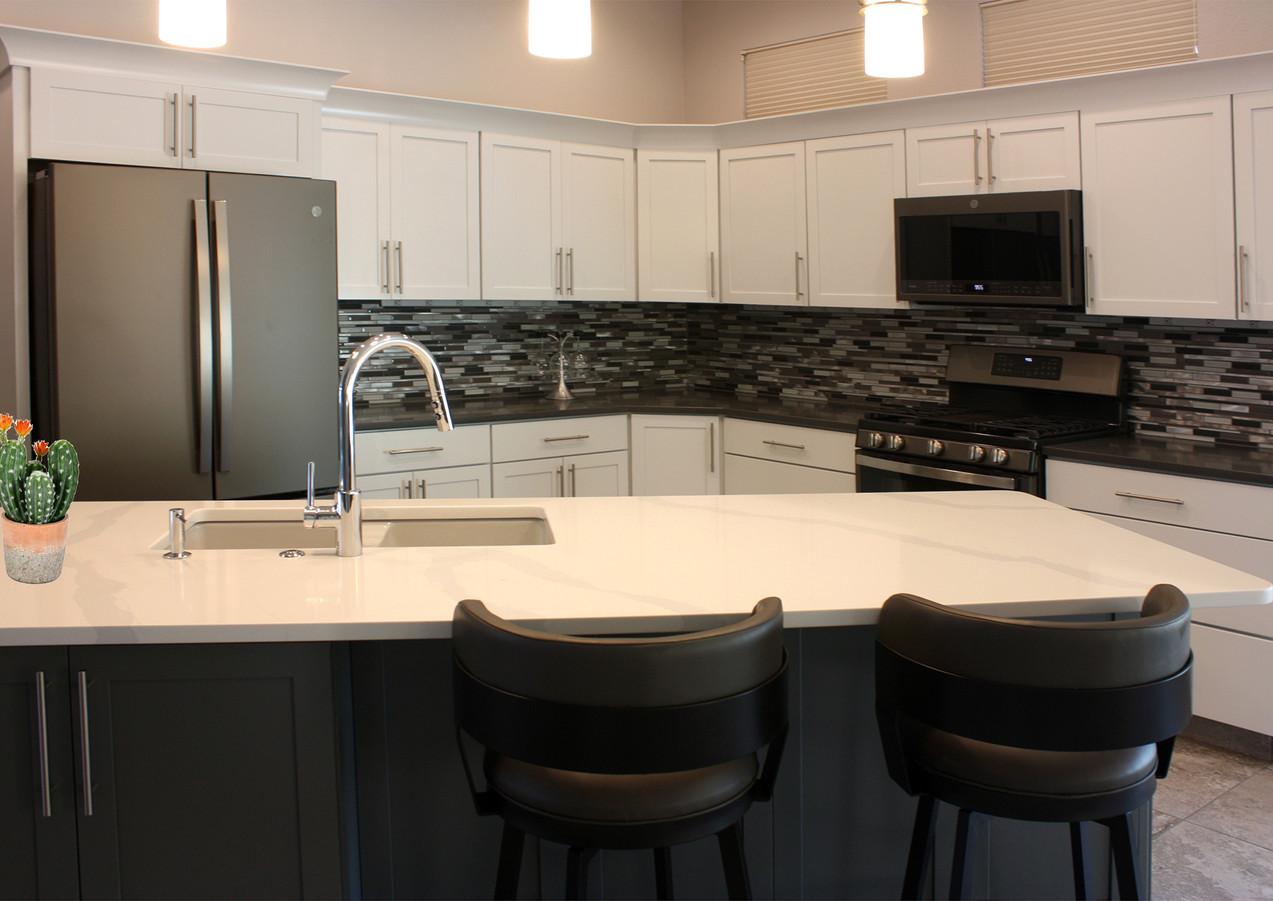 kitchen2pluscactus.jpg