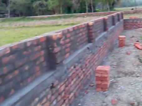 सीमा दीवार के साथ जमीनको कैसे सुरक्षित करें: -