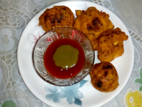 Hot and Appetizing Cauliflower 'Pakora'