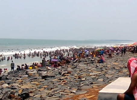 दिमाग की ताज़ाकरण: परिवार के साथ एक सागर बीच में सप्ताहांत यात्रा
