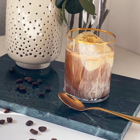 Eiskaffee selber machen: Ein Traum aus Schokolade und Vanille
