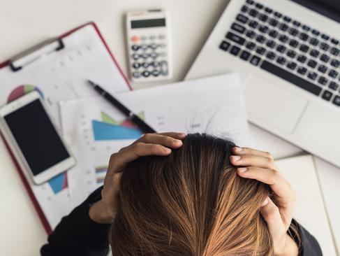 Stress abbauen: 8 Tipps, um deinen Cortisolspiegel sofort zu senken