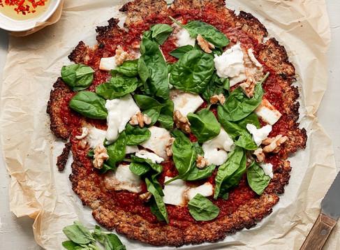 Blumenkohl Pizza selbstgemacht - Die gesunde Pizza Alternative