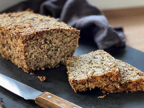 Low Carb Brot selber machen: veganes & glutenfreies Brot