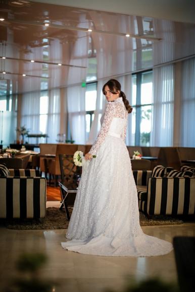 שמלת כלה תחרת גיפיורד.jpg