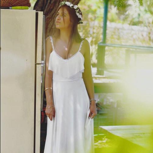 שמלת כלה קלאסית.jpg
