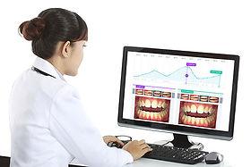 Smartphone based dental monitoring