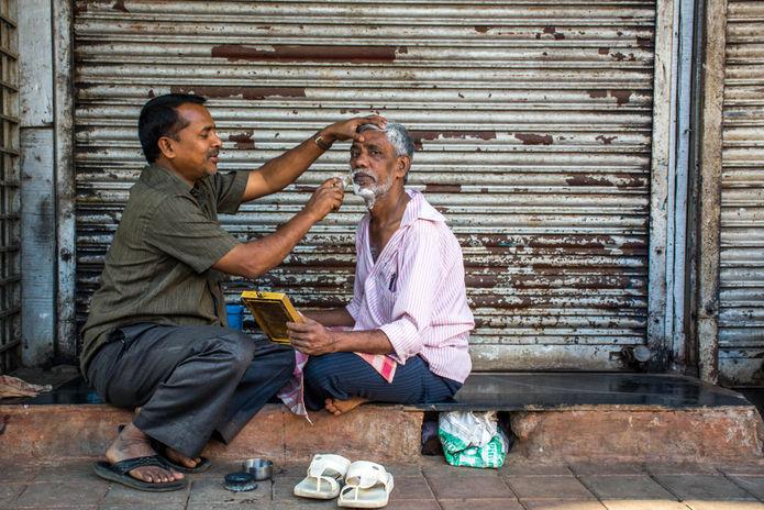 mumbai-barber.jpg