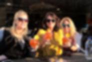 girlsdrinkin1.jpg