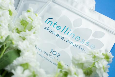 Intellinesse_petals_40.jpg
