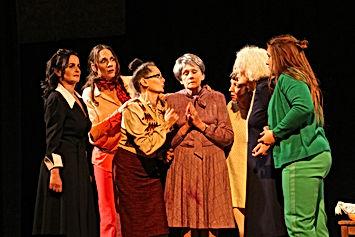 8 femmes 2.jpg