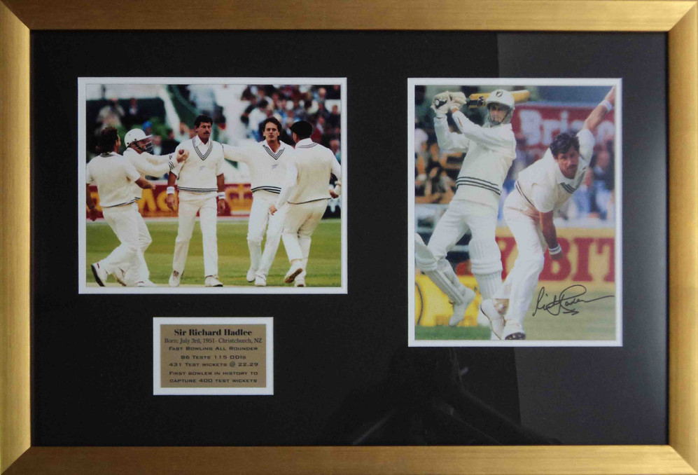 Richard Hadlee signed 8x10 double photo.