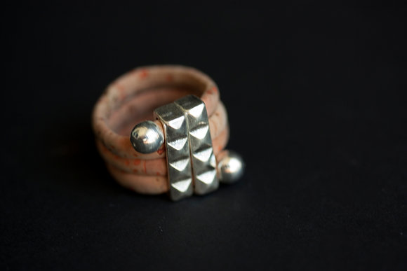 Studded Ring (ec-2913rg)