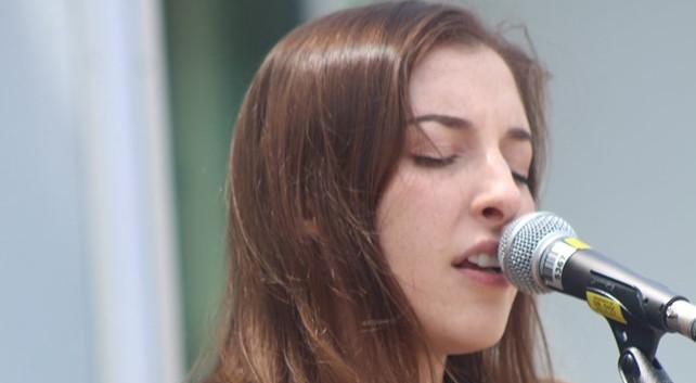 Music Mondays at Hamilton City Hall (2)