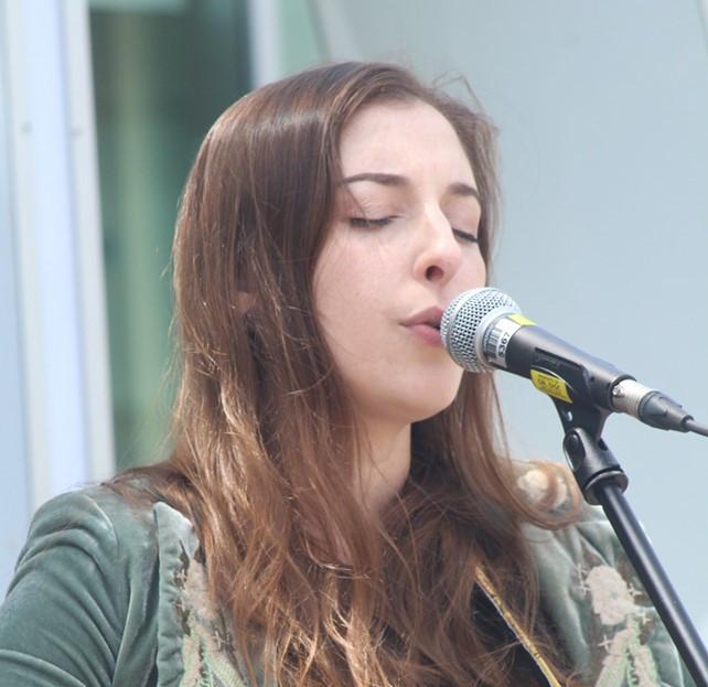 Music Mondays at Hamilton City Hall (3)