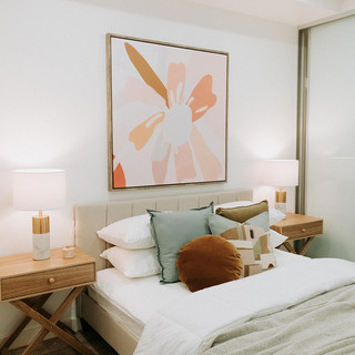 COLOURFUL BEDROOM STYLING