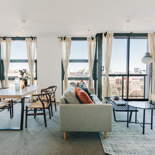 TRENDY AND CHIC APARTMENT