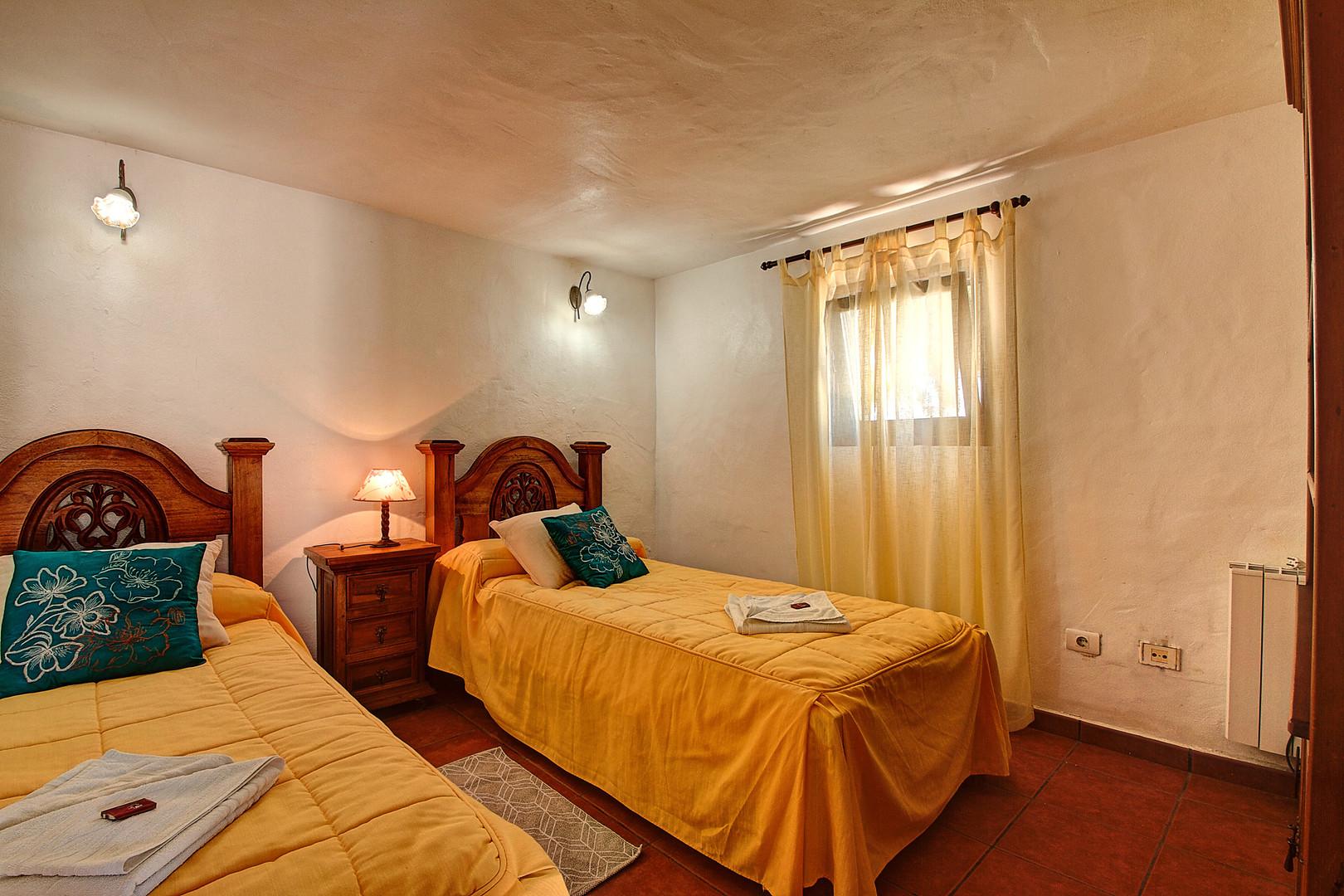 Wetside Apartment (3.).jpg