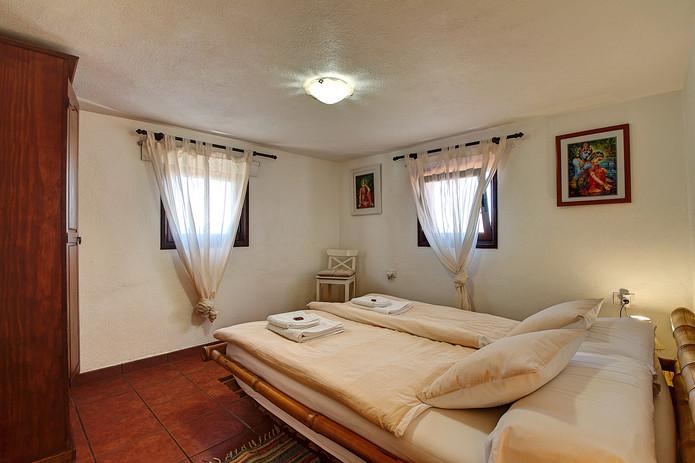 Eastside Apartment (2.).jpg