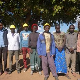 Trainee builders