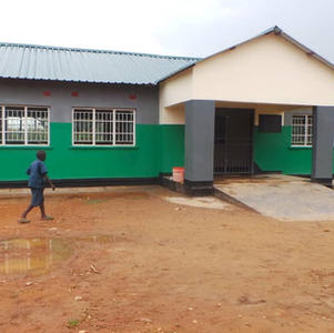 March 2021 Sikabenga school now has a roof.