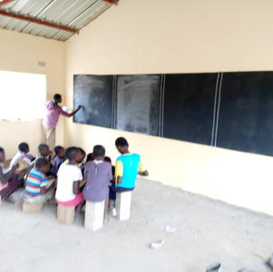 Lessons at Mungolo School