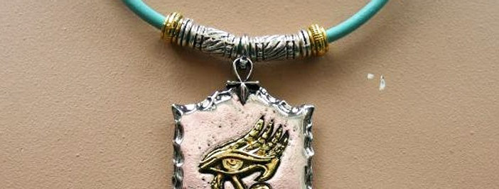 One of a Kind Necklace - Horusoog -With magnetic closure