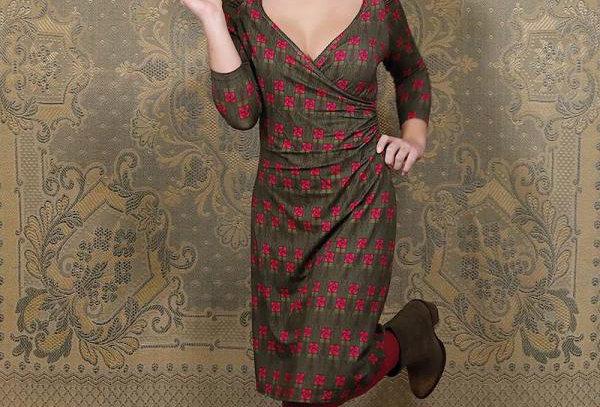 "LaLamour Wrap Dress  ""Square Rose"" Green"