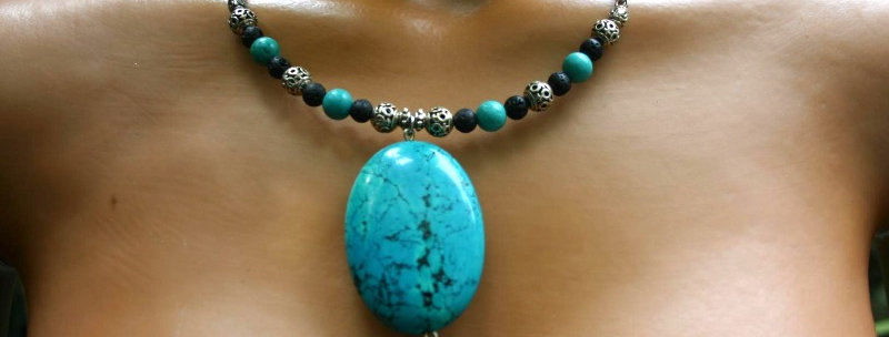 ' One of a kind'  Necklace - Turkoois, Howliet & Lava