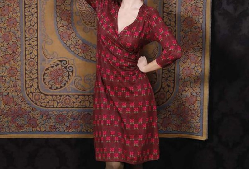 "LaLamour Wrap Dress "" Square Rose"" Bordeaux"