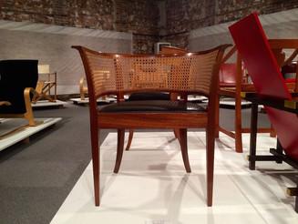 世界の美しい木の椅子展