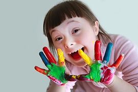 Cute-little-girl-with-painted-hands.-Iso