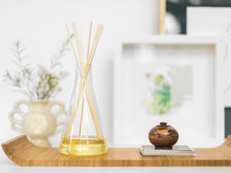 How to make an essential oil diffuser, plus other DIY natural air freshners