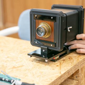 レール、レンズボード、スクリーンはそれぞれ簡単に取り外し可能。