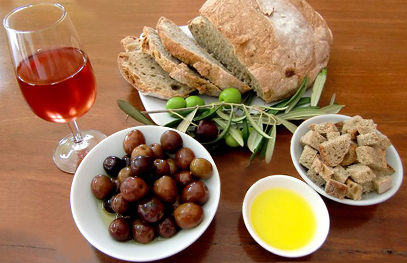 Valley of the Giants Olives and Wine produce