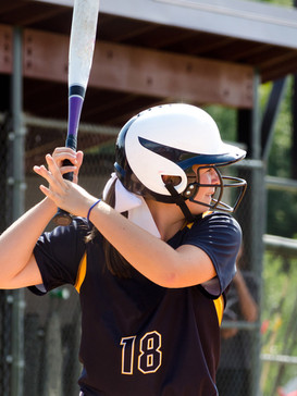 Tips for young athletes to avoid injuries this spring