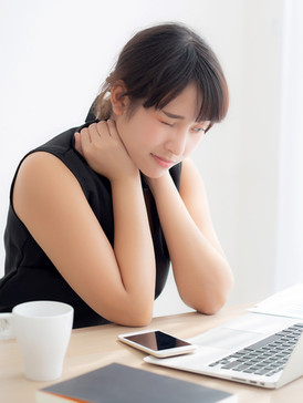 """Five simple ways to avoid """"tech neck"""" complications"""