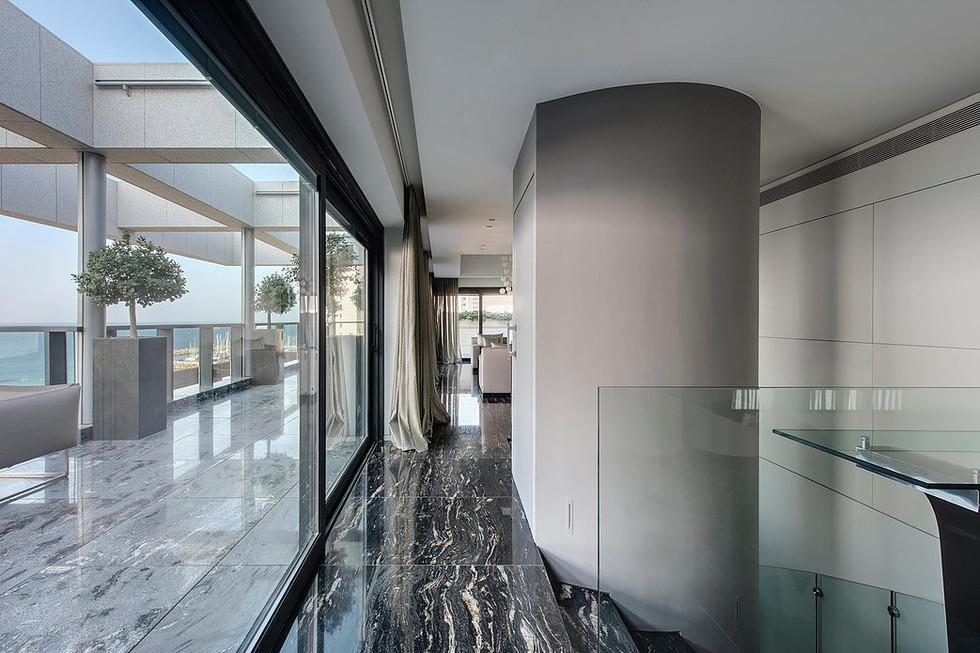 Rama Dotan Architects                                                                   Collaboration with arc. Eran Binderman & Yael Dehasse Riber. Photography by Oded Smadar