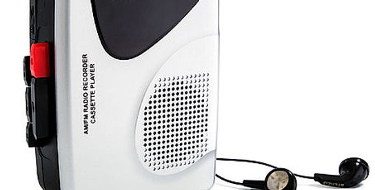 GROOVE GVPS525SR Retro Cassette Player