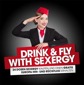Stewardess_Pose_Abflug_BG_schwarz.jpg