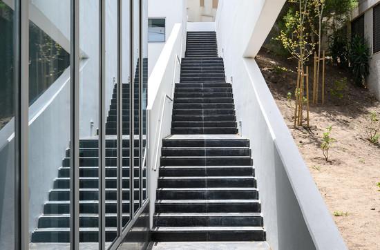 Exterior-Fachada Poente-Escadas-1.jpg
