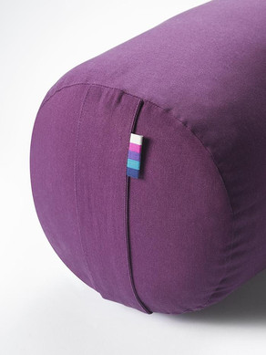 yogamatters_bolster_berry_detail-web_1_7